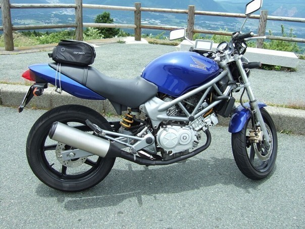 """""""My Beloved Moto"""" An Outstanding and Sophisticated VT, the VTR250 Review!"""