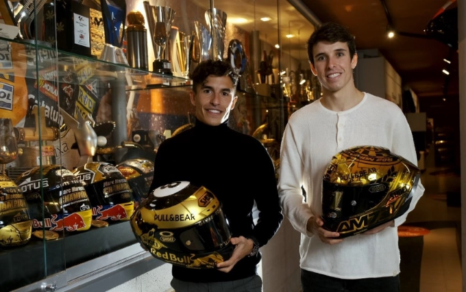 SHOEI Renews Contract with Marc Marquez and Alex Marquez