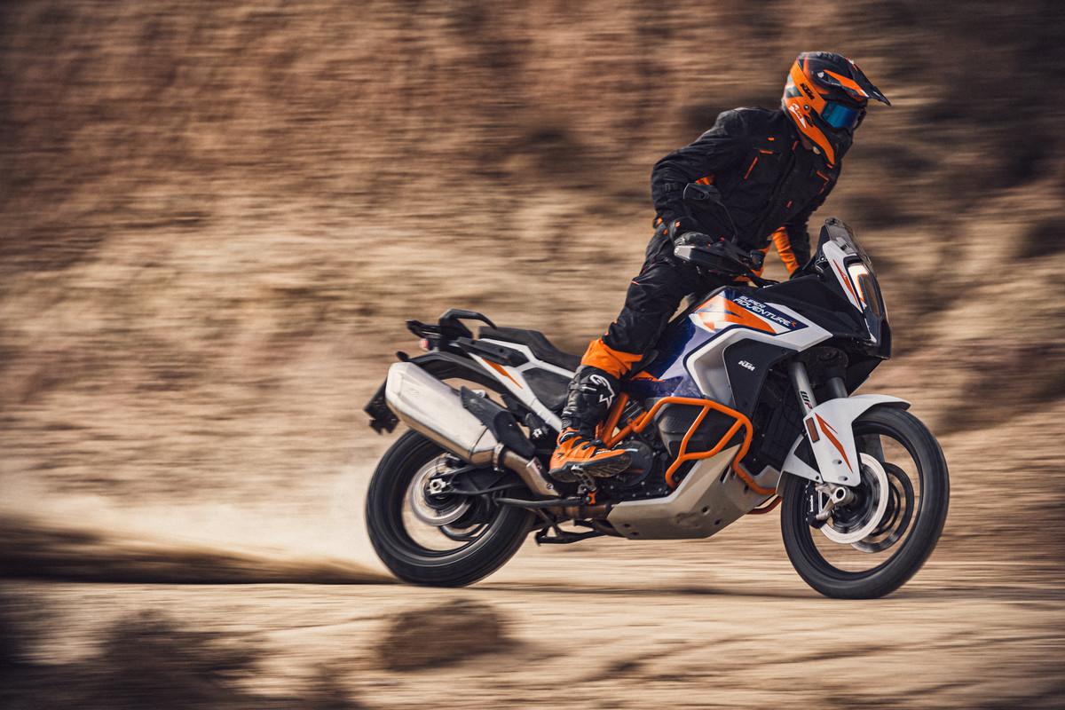 KTM 1290 Super Adventure R mới: Khả năng di chuyển không giới hạn