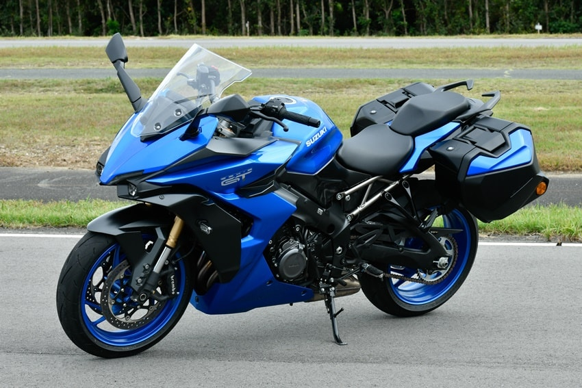 2022 GSX-S1000GT Review   A Fast Tourer with Navigation Displayed on the Meter